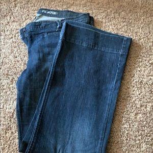 Flare leg jeans dark wash